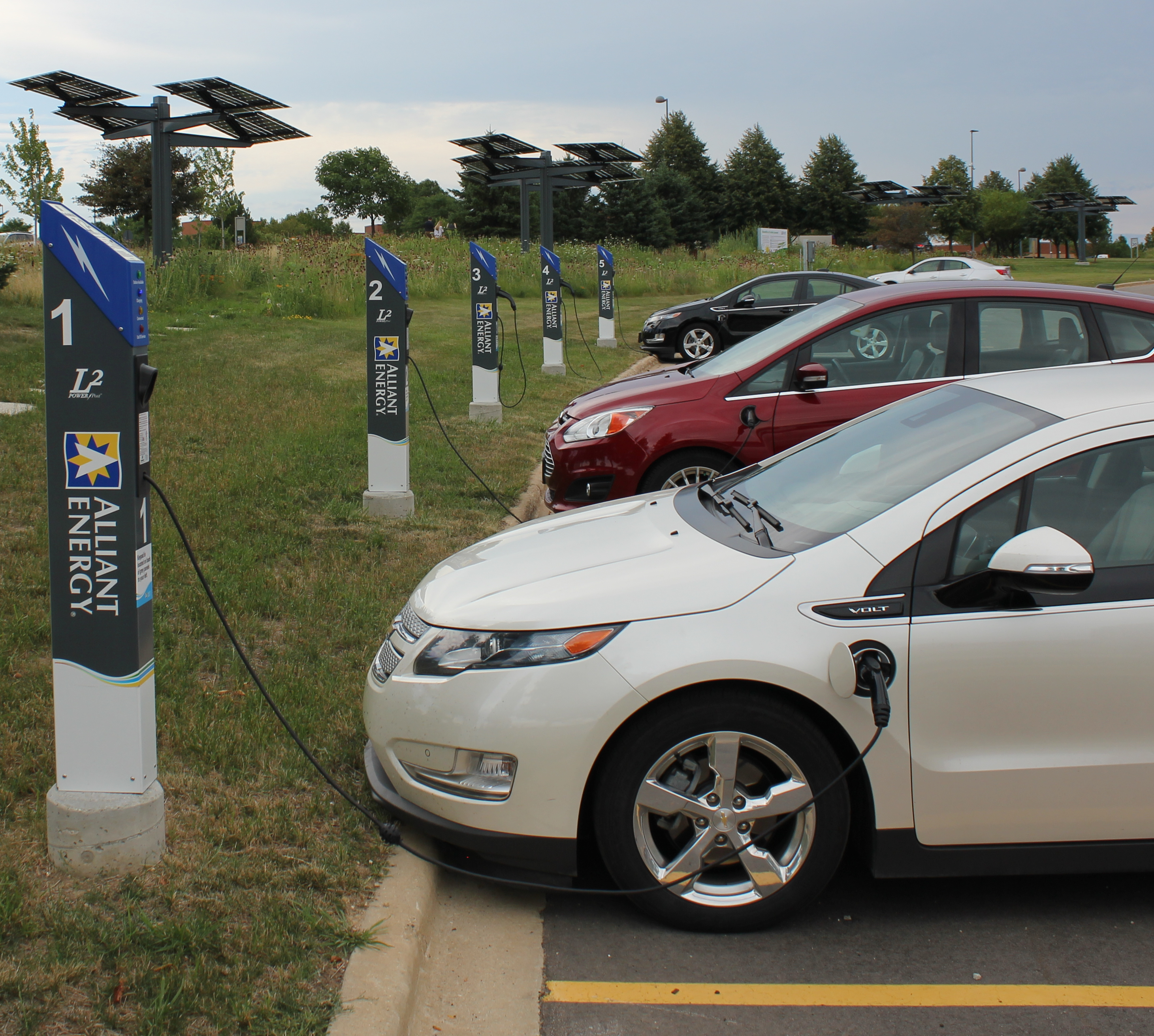 Save The Dates: Drive Electric Events In Madison And Cedar